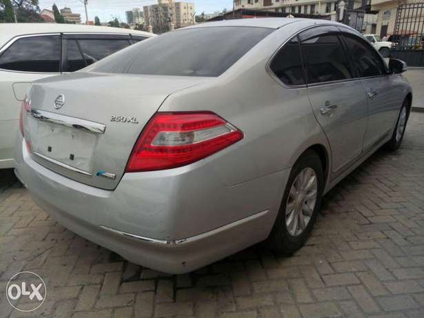 Reg: KCP number Silver Nissan Teana 2010 model Mombasa Island - image 5