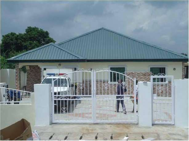 5Bedroom bungalow for sale with 35kva generator ( C of O) Ifo - image 1