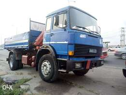 Clean Tokunbo hiab truck 5.5m