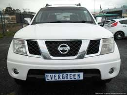 Nissan Navara 2.5 Dci Double 2014 Model with 4 Doors, Factory A/C