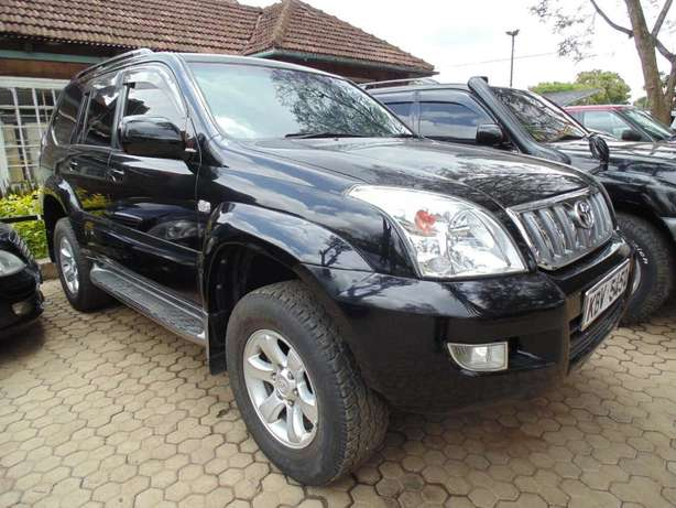 A very clean toyota landcruiser prado 7 seater on sale Hurlingham - image 5