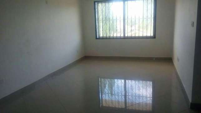 Super spacious 3 bedroom apartment 30,000/=ksh per month Nyali - image 7