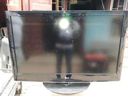 42 inches LG LCD tv