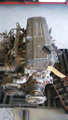 Nissan Hardbody 2.4 12 valve Head+Block+Sump for Sale Johannesburg - image 1