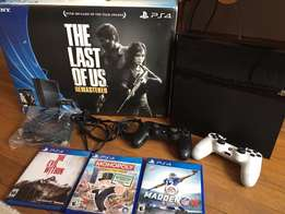 Sony Playstation 4 1TB Complete Boxed Bundle with 3 games