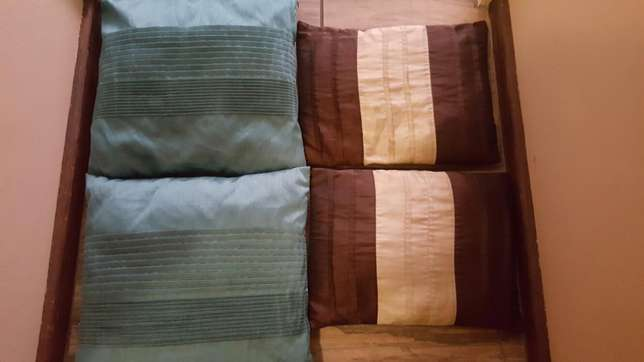 Scatter cushions Montana - image 1