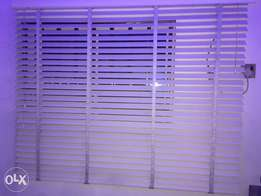 5 month use white window blies for two big two windows