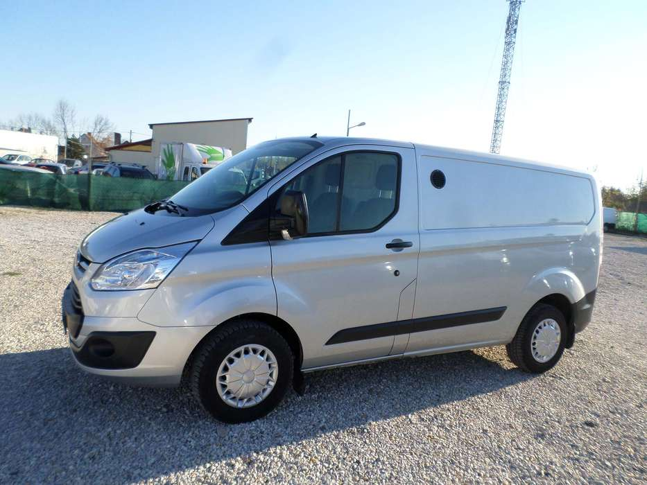 Ford Transit Custom L2H1 2.2TDCI 125PS Navi Net 10699 EUR - 2015
