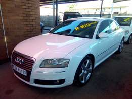 Audi A8 3.0TDi Auto - From R2999pm*