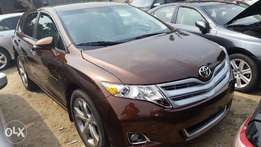 Tincan Cleared Tokunbo Toyota Venza, 2009, Full-Option, Very Excellent