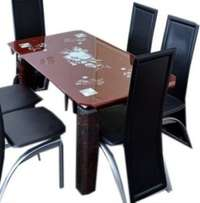 Quality Dining table with Durable Chairs