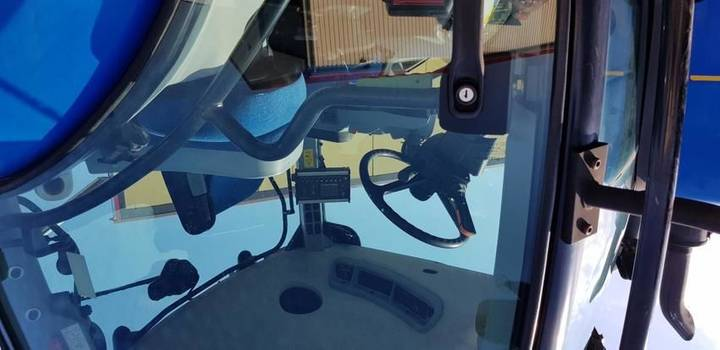 New Holland t7050autocommand - 2011 - image 7