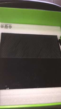 Neatly UK used xbox one with 1 pad and 1 free game Osogbo - image 3