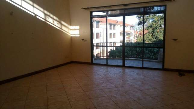 Executve 3 bedroom apartment with Dsq ,and Swimming pool Lavington - image 3