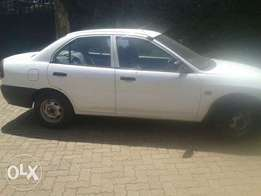 Mitsubishi local, kaburator,manual but very clean, ni ya old lady
