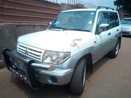 Mitsubishi PAJERO IO model 2000 in excellent condition
