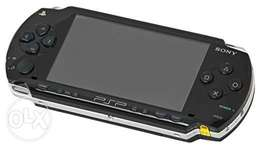 Playstation portable (PSP)very very clean 8gb memory with 30free games