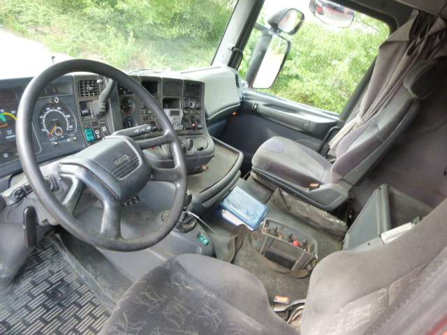Scania R124-6x2 - 2002 - image 5