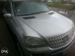 One year used Mercedes bens ml 350 08 tincan cleared buy n travel