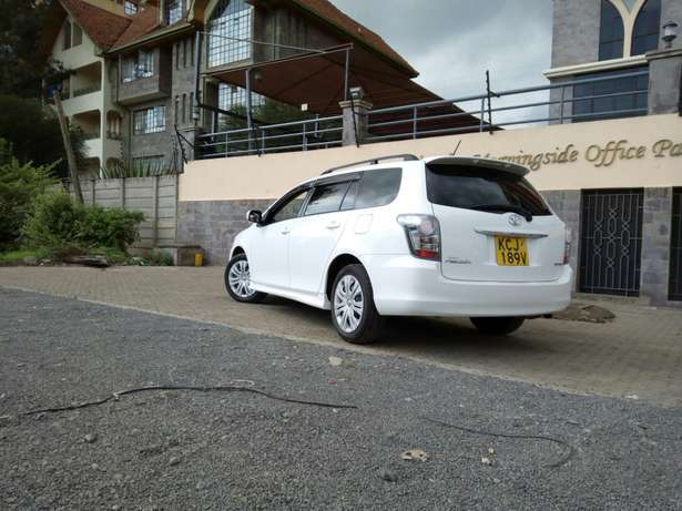 White Toyota fielder, 2009 model,1500cc,cash /bank finance accepted, Makina - image 2