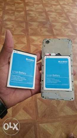 """BLUBOO Picasso 5.0"""" In a mint condition, no defects whatsoever Nairobi CBD - image 4"""
