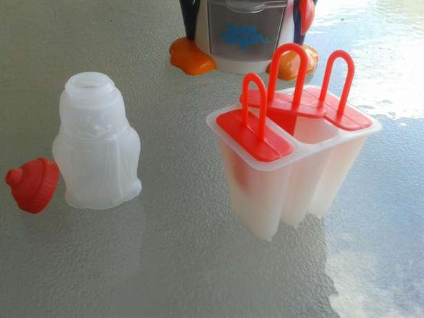Party penguin snow cone and popsicle maker Hurlingham View - image 4