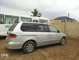 2005 Honda odyssey, first body