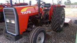 Tractor Tafe 5900 D