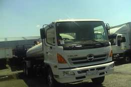 neat just arrived hino 500 water tank 16 000litrs