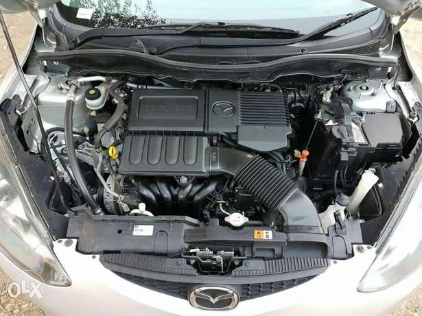Mazda Demio Silver Woodly - image 6