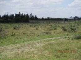 selling 50*100 plots with ready Title Deeds
