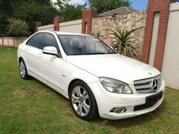Call Haroon on 2008 Mercedes Benz C200 Kompressor Auto Sat Nav