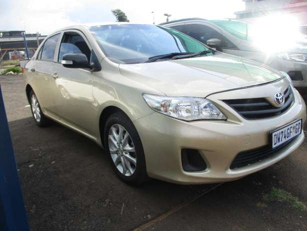 Toyota corolla 1.3 professional, 5-Doors, Factory A/c, C/d Player. Johannesburg CBD - image 5