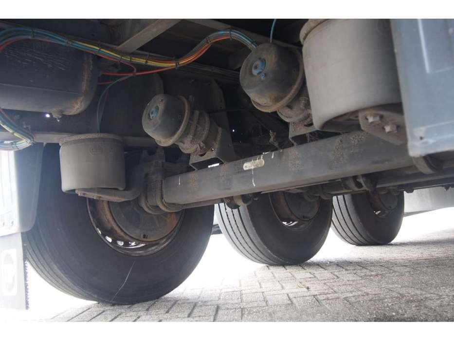 Schmitz Cargobull Tautliner - 2006 - image 5