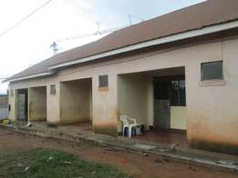 Cheap self contained double at 180000 in Bweyogerere along Bukasa road