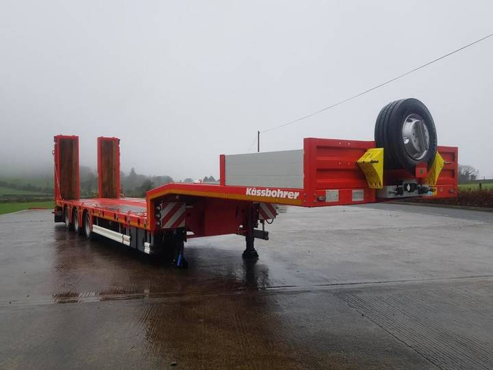 Kaessbohrer Low Loader