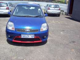 Ford fiesta 1.6 2008 Model,3 Doors factory A/C And C/D Player