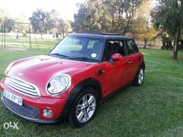 2012 mini cooper panoramic sunroof very clean in best condition