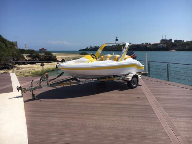 speed boat for sale. Tudor Four - image 5