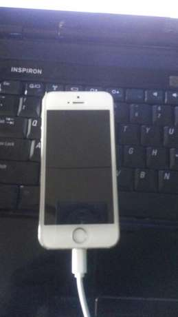 IPhone 5s Ibadan Central - image 3