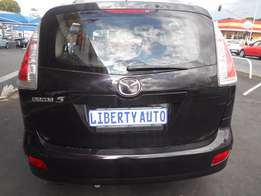 Mazda 5 Mpv 2009 7seater 6speeds at R140,000