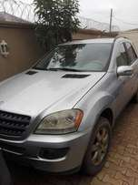 My super clean Mercedes Benz ML 350 06 reg urgently for sale