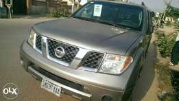 First Body Nissan Pathfinder SUV For Sale