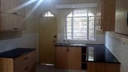 south b newly renovated 4 bedroom maisonette plus sq