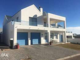 5 bedroom house for sale in Blue Lagoon