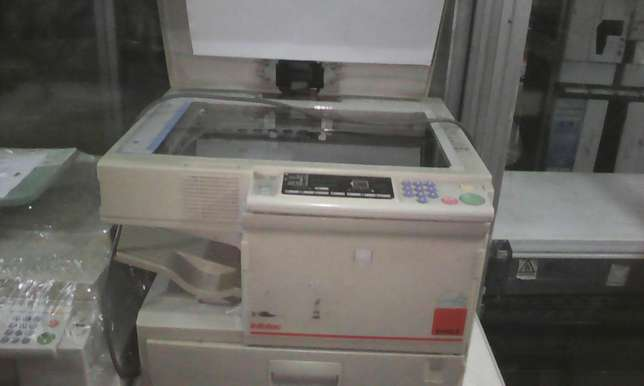 Ex uk photocopier machine for sale ricoh very easy to use and handle Nairobi CBD - image 2