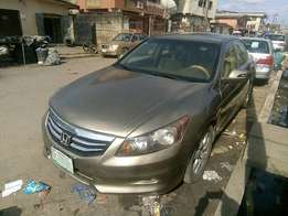 Full option Honda Accord (2009)
