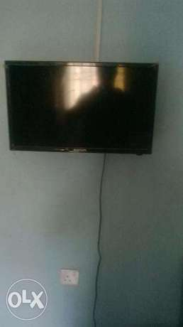 "21"" bluegate wall tv for sale Alimosho - image 1"