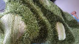 URGENT SALE - PRICE REDUCED Beautiful shaggy carpet