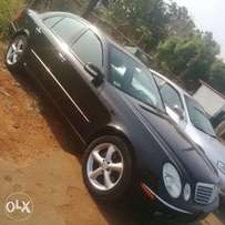 E350 Mercedes-Benz,2006 model,Leather seat with geniune custtorm paper